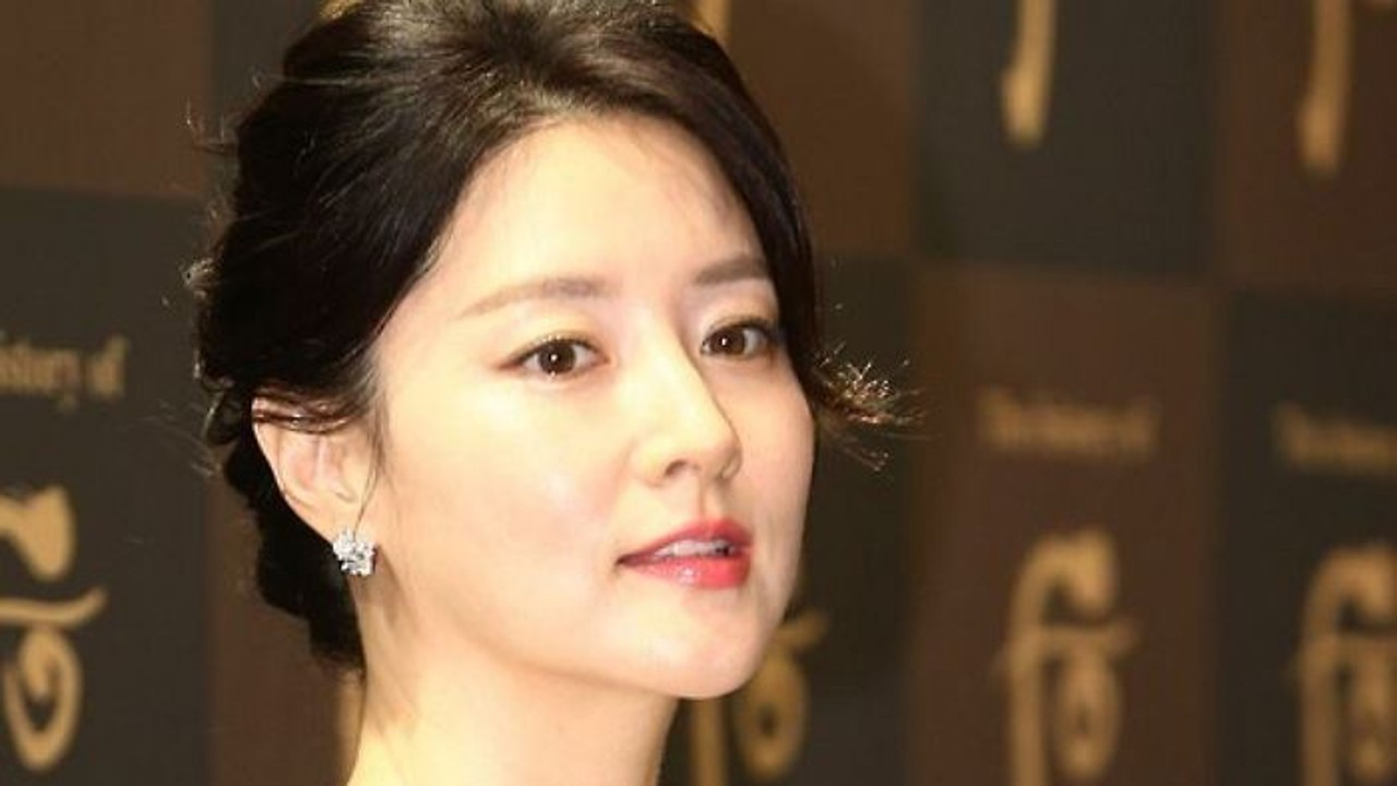 Do you remember South Korean actress Song Hye-kyo's 5 breakout on-screen moments?