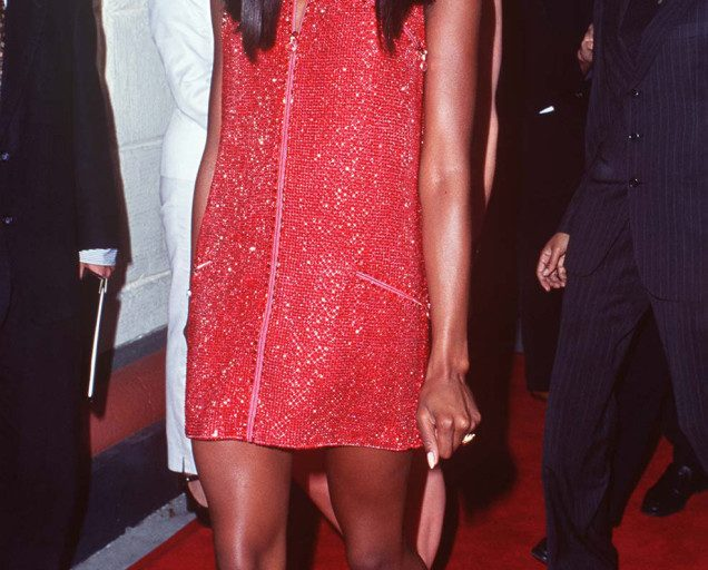 GREAT OUTFITS IN FASHION HISTORY: NAOMI CAMPBELL'S SPARKLY RED SHIFT DRESS