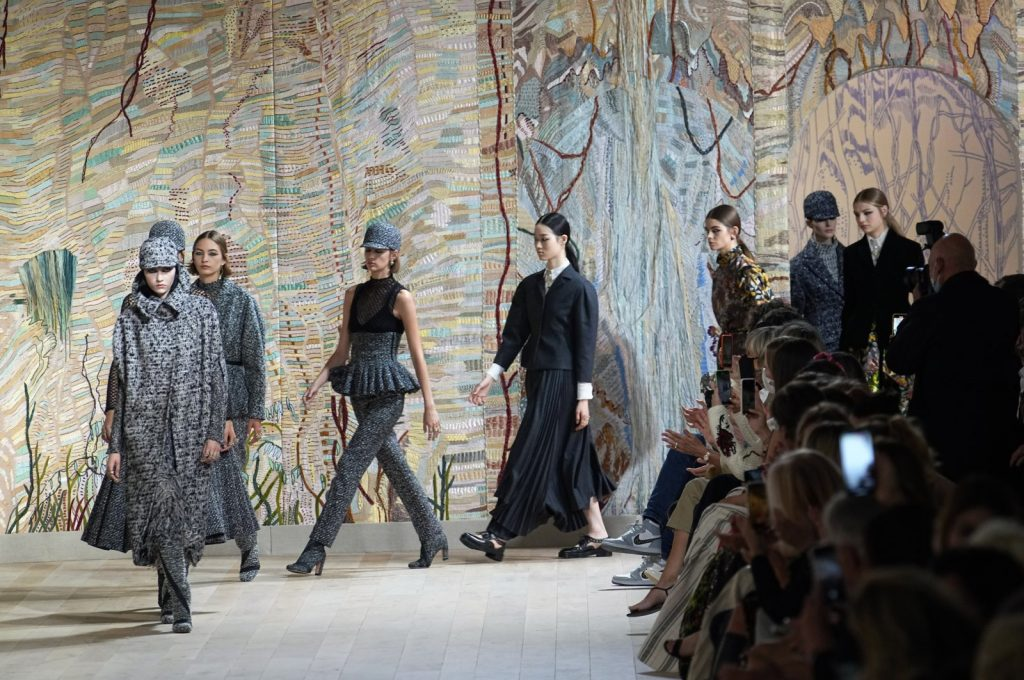 Dior's Paris return to reawaken sleeping glitz, glamor of fashion